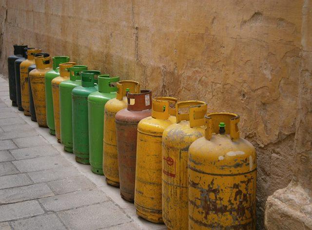 Waarom zijn gastanks en gasflessen rond